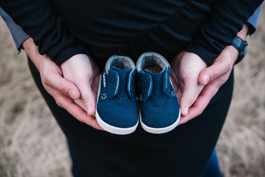 In verwachting? Uit je comfortzone! Zwangerschapsfotografie buiten in de natuur! www.lisamuller.nl Ik werk door heel Nederland