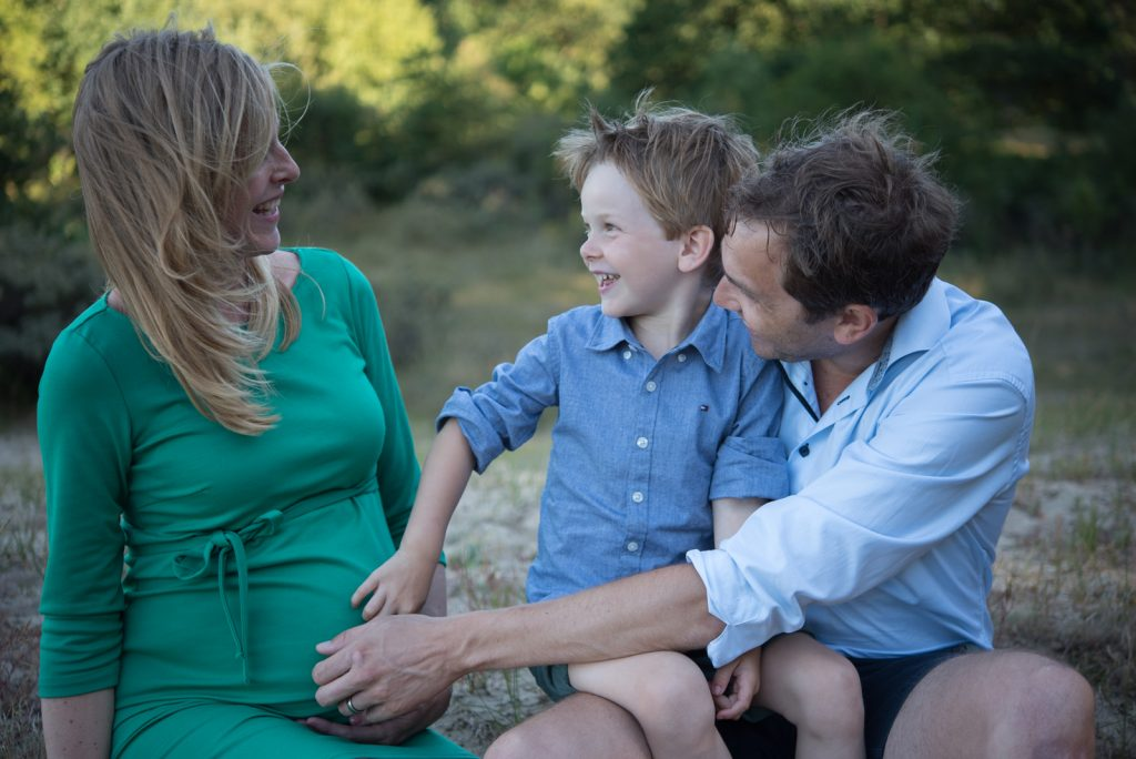 Zwangerschapsfotografie met je gezin? https://lisamuller.nl/contact/