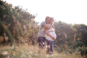 Op een mooie locatie je zwangerschap laten vastleggen? Bel Lisa Muller Fotografie 06-24809726.